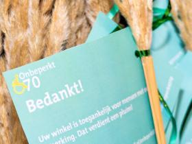 Team Onbeperkt070 deelt pluimen uit 1 -® Esther van der Wallen